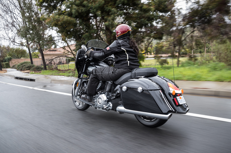 review 2017 indian motorcycle chieftain limited elite rear view
