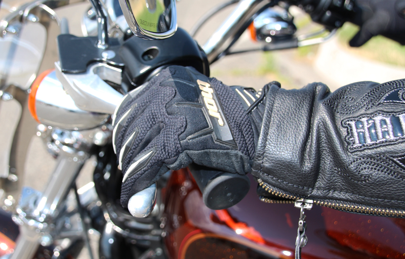 ride motorcycle without clutch lever