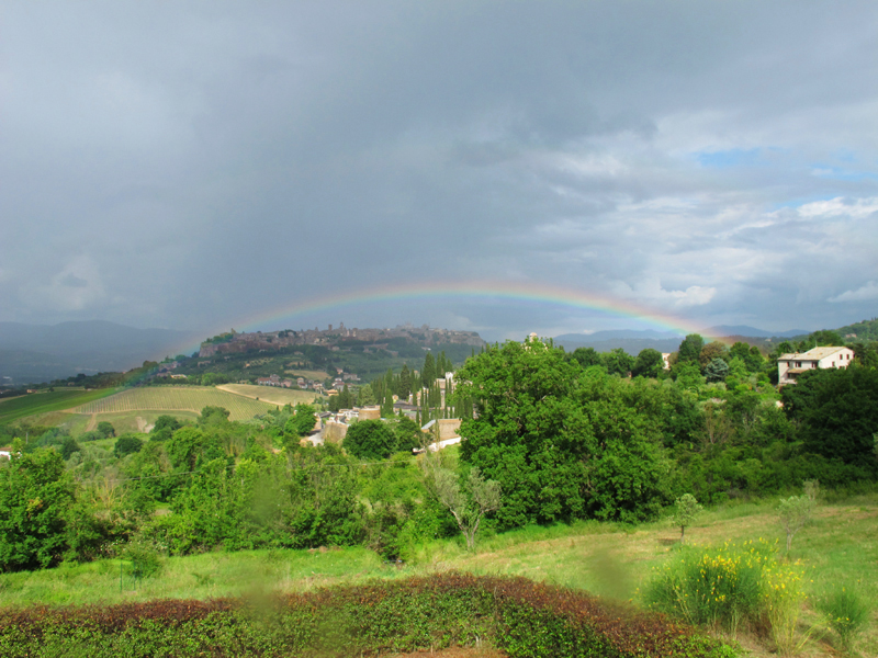 why you should ride a motorcycle in italy once in your life rainbow orvieto