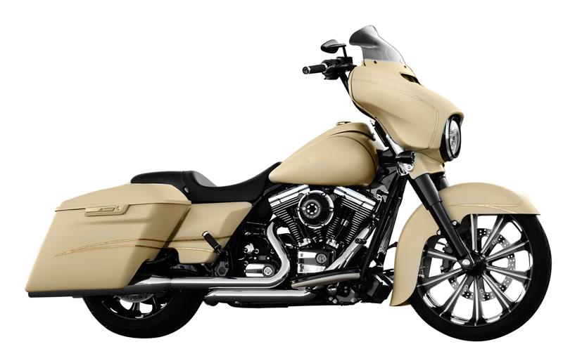 All-Purpose cleaner for windshield Street Glide