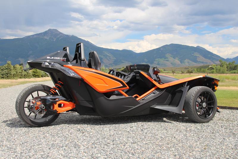 review polaris slingshot everyday rides SLR model