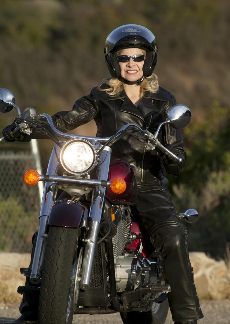 10 things to expect when starting to ride a motorcycle smiling