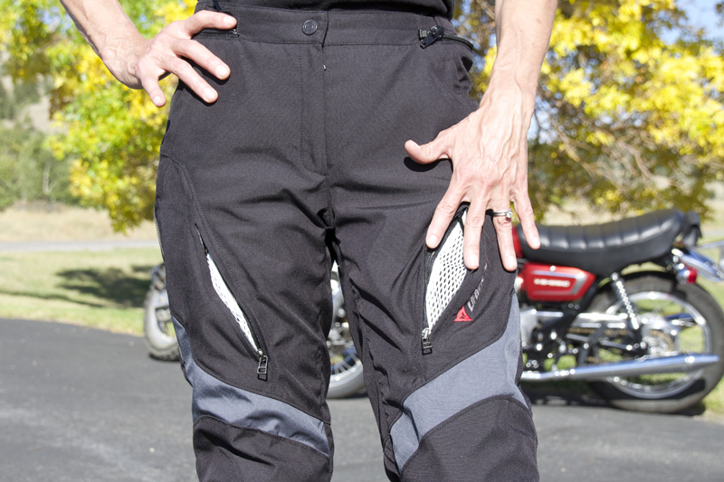review dainese d-dry tempest jacket and pants vents