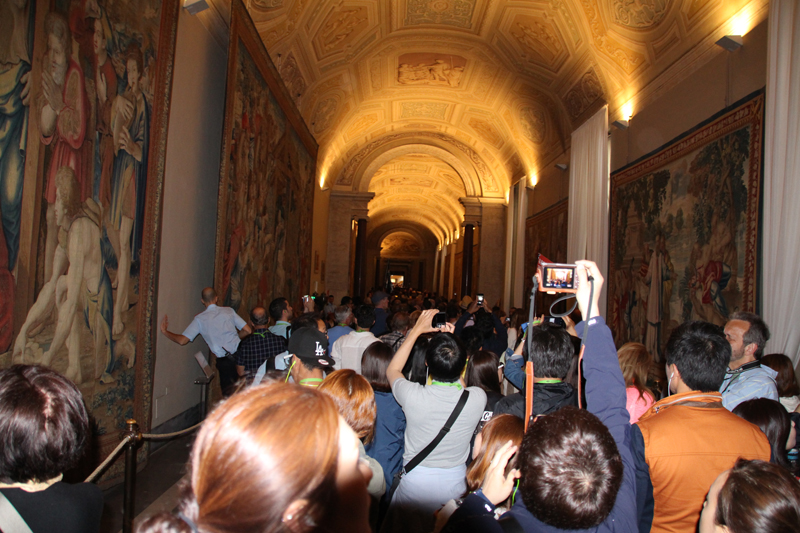 why you should ride a motorcycle in italy once in your life vatican museum