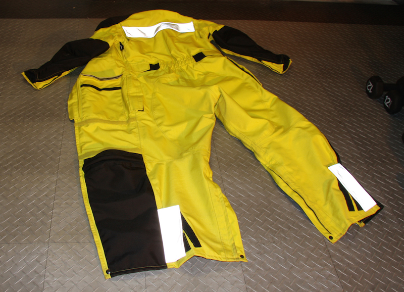 review aerostich womens roadcrafter motorcycle riding suit back