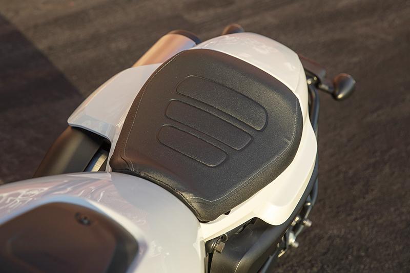 Harley-Davidson Sportster S stock seat